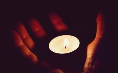 Лъчът на Молението